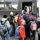 Школьные автобусы действуют и в других уездах Эстонии. На фото: школьный автобус в Вильянди. Фото: Пеэтер Кюммель с сайта postimees.ee .